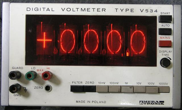 DIGITAL VOLTMETER V534